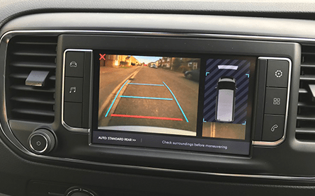 Proace factory rear view camera integration on OE screen (+£540)